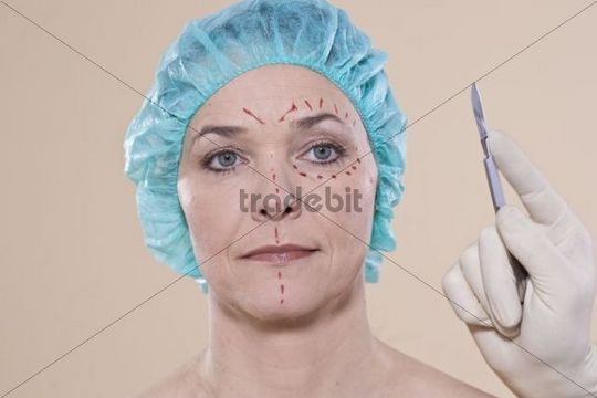 Woman with lines on her face for a cosmetic surgery