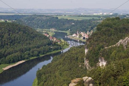Bastei sandstone formation, Elbe river and Wehlen city, Elbe Sandstone Mountains, Saechsische Schweiz, Saxon Switzerland, Saxony, Germany