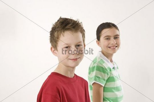 Potrait of a smiling boy and a smiling girl