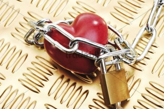 Heart in chains and padlock