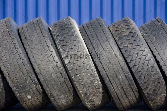 worn-down truck tyres   graphics