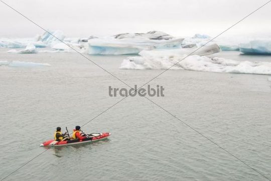 Kayaking, ice floes, glacier region, Iceland
