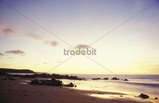 Coast near Cap Frehel, beach, twilight, Sables d´Or, Brittany, France, Europe