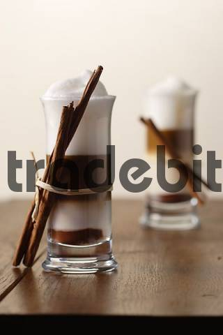Two Latte Macchiato Nougat with cinnamon flavour and cinnamon sticks
