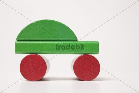 Green car, made of building bricks