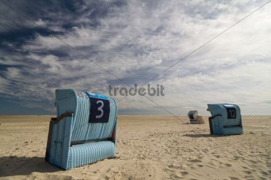Beach chairs and blue sky, Amrum, North Sea, Germany, Europe