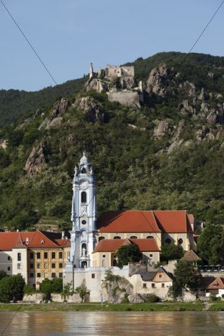 Duernstein, view from Rossatz over the Danube river, Wachau, Lower Austria, Austria, Europe