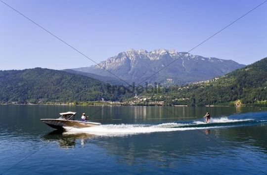 Waterski riders on the Lago di Caldonazzo, Trentino, Italy, Europe