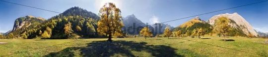 360 ° panoramic view, view of Grosser Ahornboden, autumnal, glowing maple tree, long shadow, snow-covered mountains, Karwendel, Austria, Europe