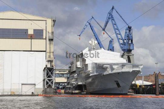 Luxury yacht belonging to Roman Arkadyevich Abramovich, Port of Hamburg, Hamburg, Germany, Europe