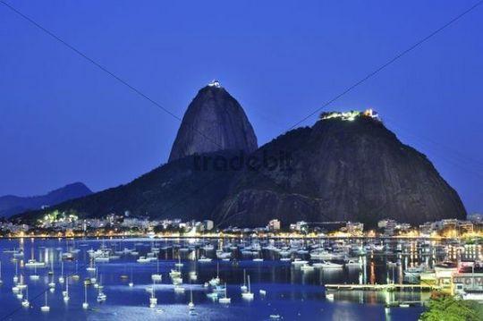 Sugarloaf Mountain, Pão de Açúcar, at night, Rio de Janeiro, Brazil, South America