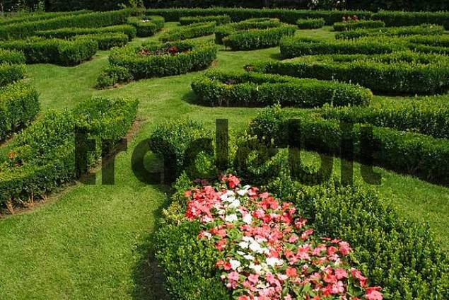 baroque garden with beds framed with boxtree
