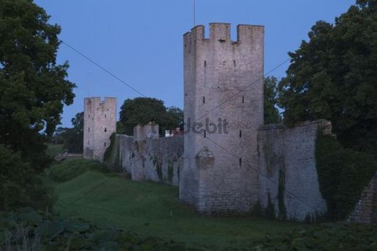 Medieval city walls of Visby, Gotland Island, Sweden, Scandinavia, Europe