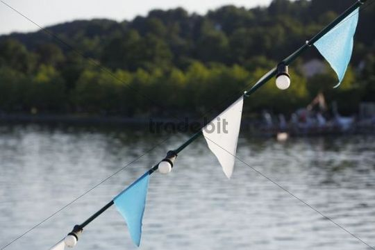 Boot flags, white and blue flags in front of Lake Starnberg, Bavaria, Germany, Europe