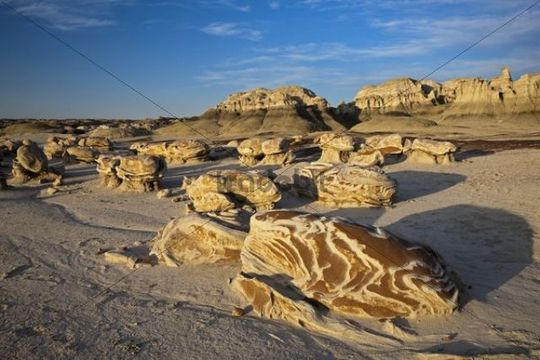 Cracked Eggs, landscape in the Bisti Badlands, Bisti Wilderness Area, New Mexico, USA