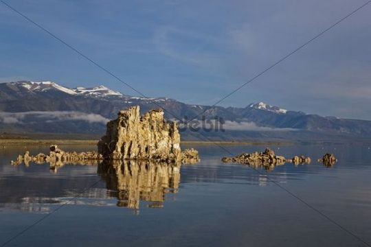 Tufa sculptures in front of the Sierra Nevada Range, South Tufa Area, State Natural Reserve, Mono Lake, California, USA