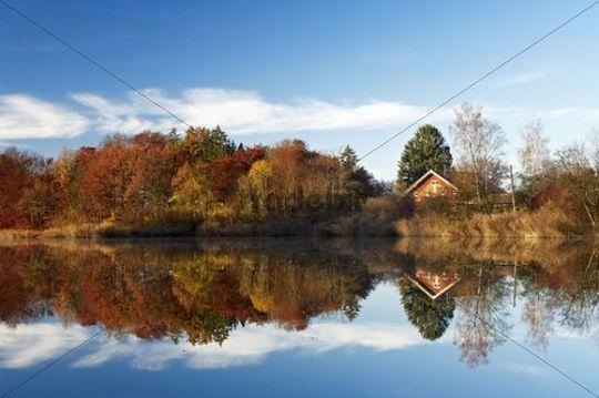Moorsee lake at Widdersberg, Herrsching am Ammersee, Upper Bavaria, Germany, Europe