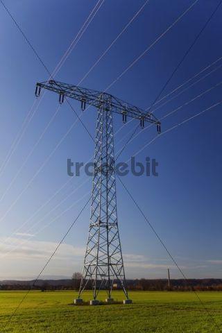 Electricity pylon in Nassau, Weinboehla, Saxony, Germany, Europe
