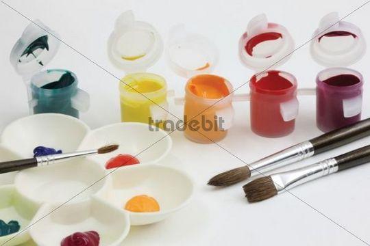 Oil paints and palette