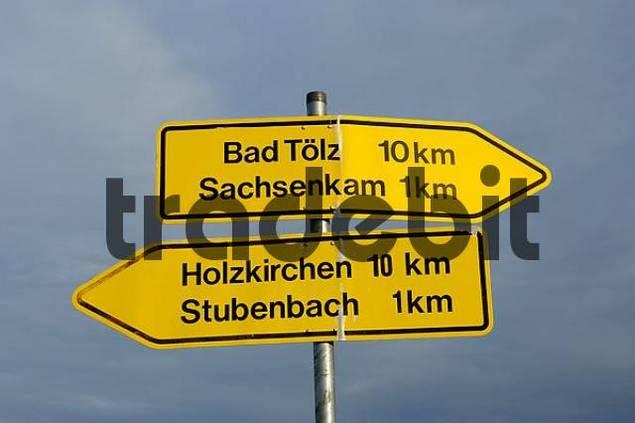 Signpost near Reutberg Monastery to Bad Toelz, Sachsenkam, Hozkirchen und Stubenbach, Upper Bavaria, Germany