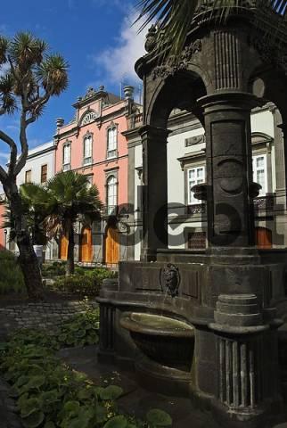 Plaza del Espiritu Santo, Old town of Las Palmas, Gran Canaria island, Spain, Europe