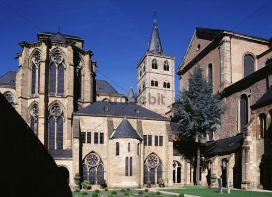 Trier Cathedral, right, and Liebfrauenkirche, left, Trier, Rhineland-Palatinate, Germany, Europe