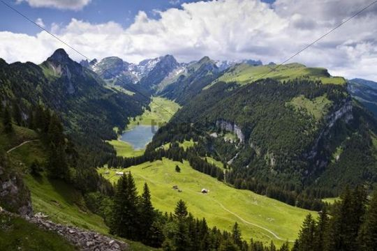 View of the Saemtisersee lake and the Alpsteingebirge mountains, Bruelisau, Canton Appenzell Innerrhoden, Switzerland, Europe