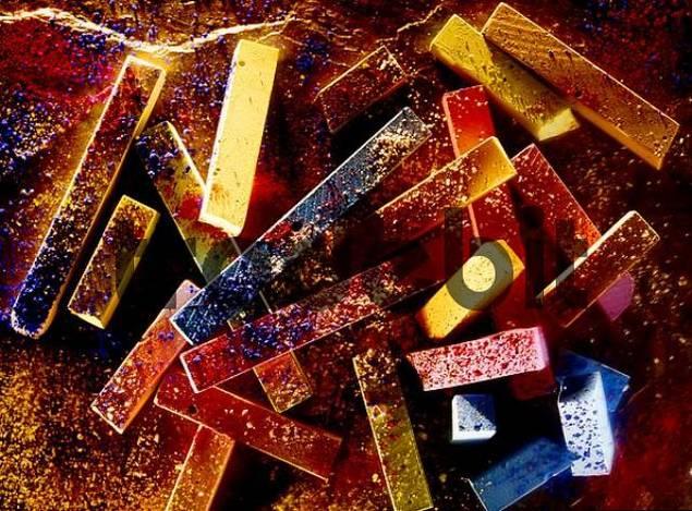 chalk colours and colour pigment