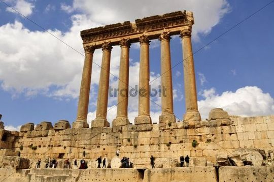 The six remaining columns of the Temple of Jupiter, UNESCO World Heritage Site, Baalbek, Beqaa Valley, Lebanon, Middle East, Orient