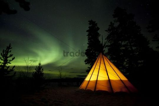 Illuminated teepee, tipi, tepee, Northern Lights, Polar Lights, Aurora Borealis, green, near Whitehorse, Yukon Territory, Canada