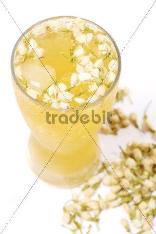 Drink with jasmine flowers