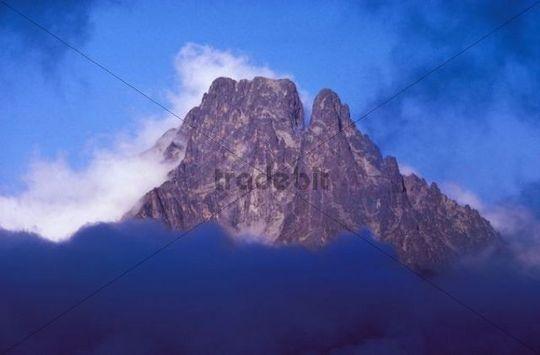 Mt. Pic du Midi d´Ossau, Pyrenees National Park, Pyrénées-Atlantiques, France, Europe