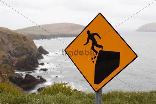Warning sign, dangerous cliffs, Slea Head, Dingle Peninsula, County Kerry, Ireland, British Isles, Europe