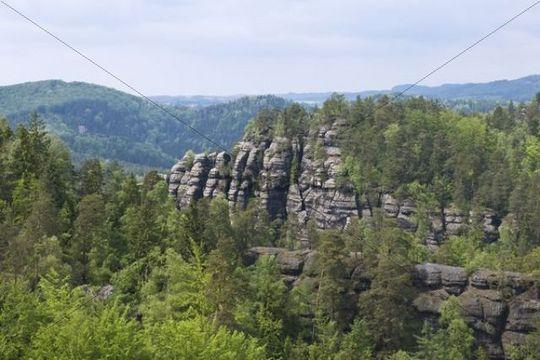 View from the Teichstein on Mt. Kanstein, Saxon Switzerland, Elbsandsteingebirge Elbe Sandstone Mountains, Saxony, Germany, Europe