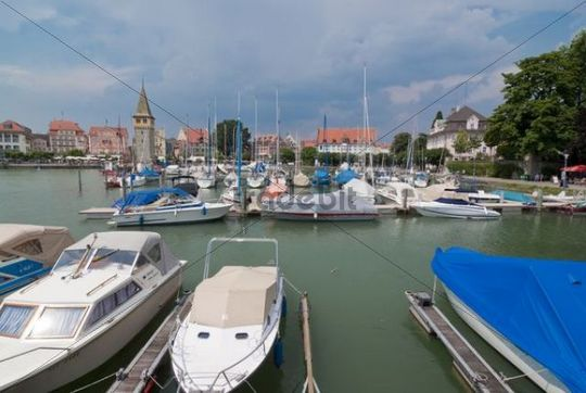 Boats in the harbor, Lindau on Lake Constance, Bavaria, Germany, Europe