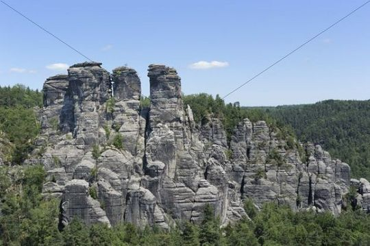 Bastei with Kleine Gans rock formation, Elbsandsteingebirge Elbe Sandstone Mountains, Nationalpark Saechsische Schweiz national park, Saxon Switzerland, Saxony, Germany, Europe