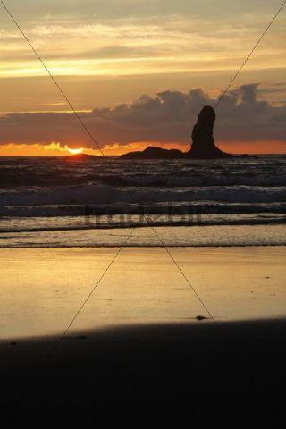 Second Beach at La Push, Olympic Coast, Washington, USA