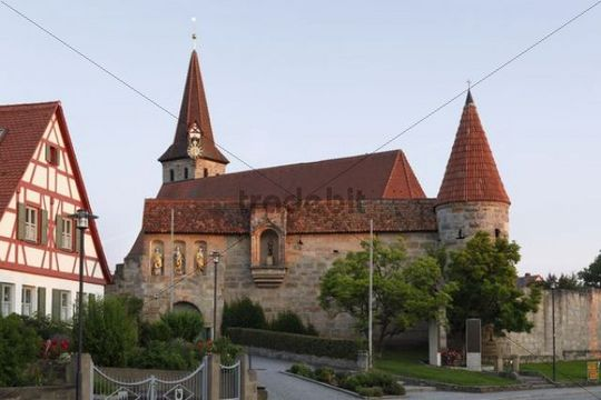 Kirchenburg St. Georg fortified church in Effeltrich, Upper Franconia, Franconia, Bavaria, Germany, Europe