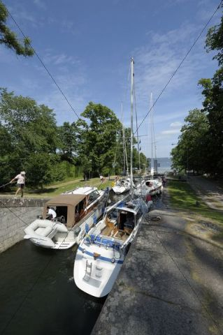 The five locks of Borenshult even out the 15 m height difference, Gota Canal, Motala, Oestergoetland, Sweden, Europe