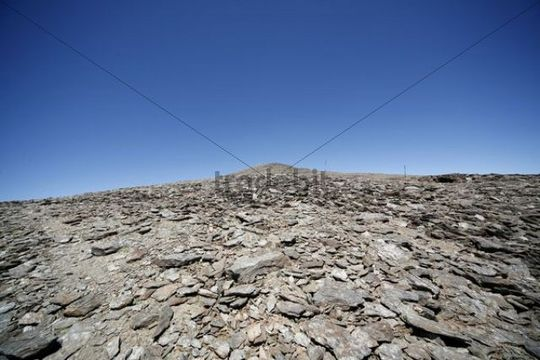 View up to the summit of Pico del Veleta, 3384m, Sierra Nevada National Park, Andalucia, southern Spain, Europe