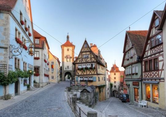 Ploenlein road junction and Siebersturm tower, Rothenburg ob der Tauber, Romantic Road, Middle Franconia, Franconia, Bavaria, Germany, Europe