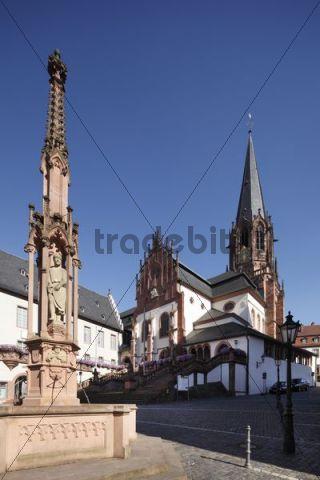 Stiftsbrunnen fountain, collegiate church of St. Peter und Alexander, Aschaffenburg, Bavarian Lower Main, Lower Franconia, Franconia, Bavaria, Germany, Europe