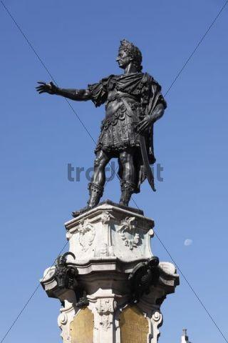 Emperor Augustus, Augustusbrunnen fountain on the town hall square, Augsburg, Schwaben, Bavaria, Germany, Europe