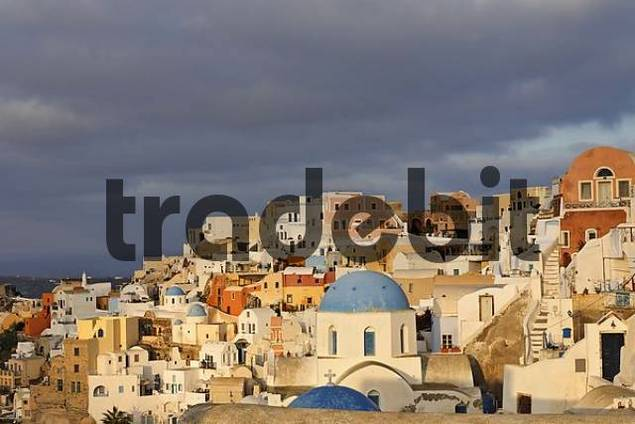 the village of Oia with his typical cycladic architecture is also very beautiful at sunrise, Oia, Santorini, Greece