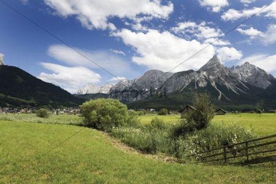 Sonnenspitze Mountain, Karwendel Mountains, Mieminger Chain near Ehrwald, Tyrol, Austria, Europe