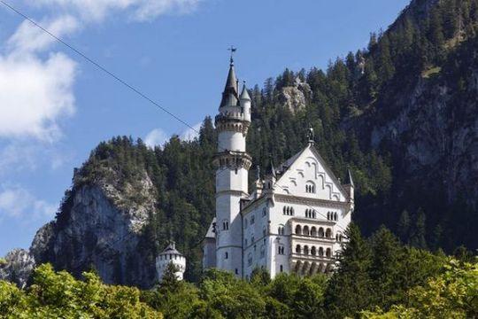 Schloss Neuschwanstein Castle, Ostallgaeu, Allgaeu, Schwaben, Bavaria, Germany, Europe