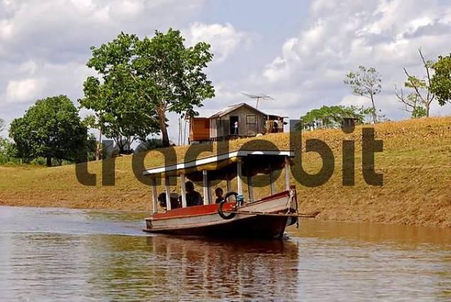 Paquetboat near a hamlet in the Rio Negro area, Brazil