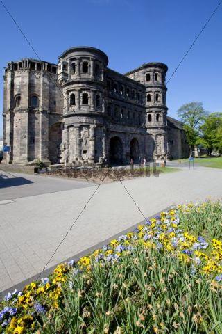 Porta Nigra, a Roman city gate, Trier, Rhineland-Palatinate, Germany, Europe