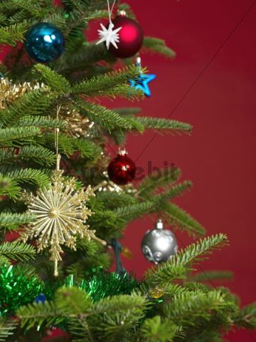 Decorated Christmas tree, detail