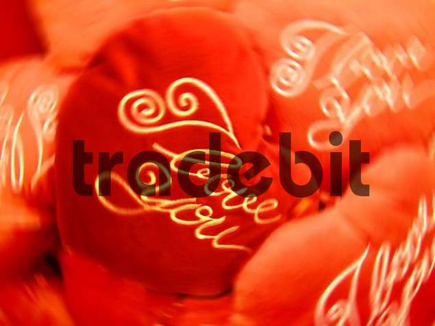 red hearts with I love you circling